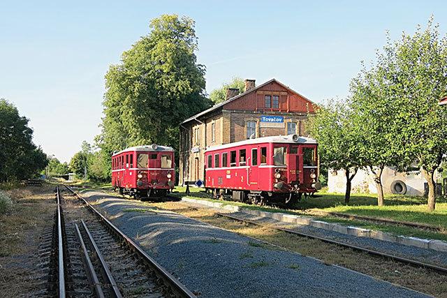 Vlak HLNK na nádraží v Tovačově
